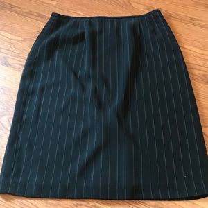 Kasper Classics blue and white skirt
